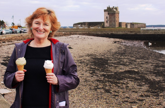The Quirky Traveller at Broughty Castle - image Zoe Dawes