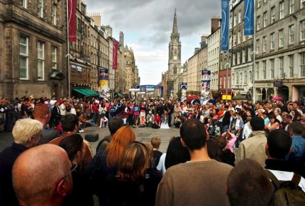 Edinburgh Festival Royal Mile - photo c/o visitbritain.com