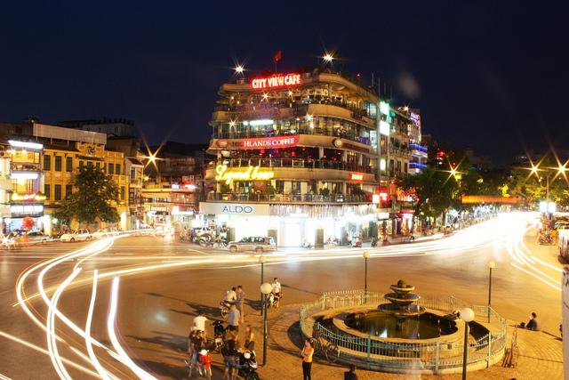 Hanoi night