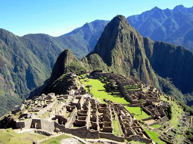 Machu Picchu Peru - image David Stanley