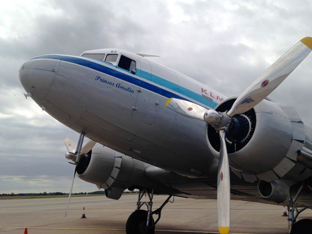 KLM 'Prinses Amalia' Dakota DC-3 - by Zoe Dawes