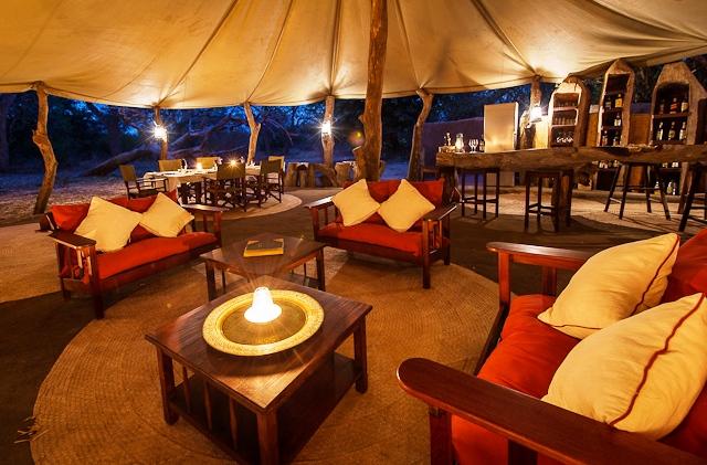 Tena Tena Camp Lounge and Bar - Zambia