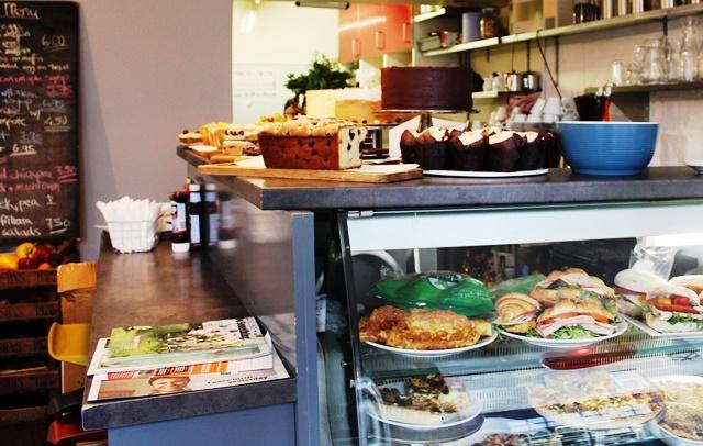 The Parlour Cafe Dundee - image Zoe Dawes