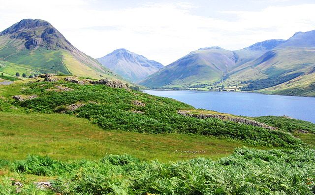Wast Water and Scafell Pike - photo by Amatire
