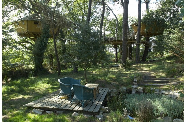 Tree Houses France Tree House in France Wimdu
