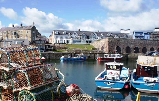 Bamburgh Castle Inn - Seahouses harbour