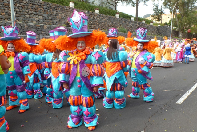 Clowns at Tenerife Carnival ready to go - by Zoe Dawes