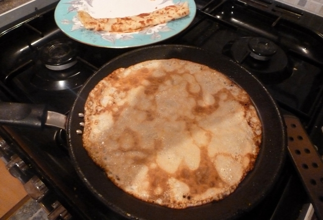 Cooking perfect English pancakes in the pan - by Zoe Dawes
