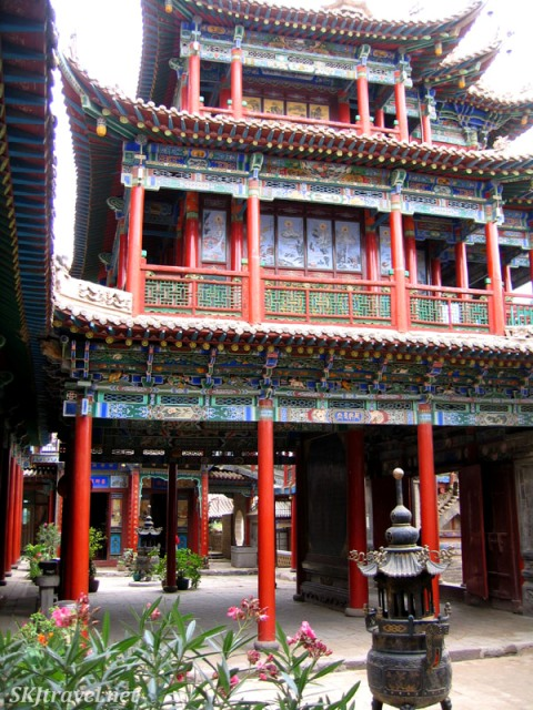 Gao Miao Courtyard China - photo by SKJtraveler