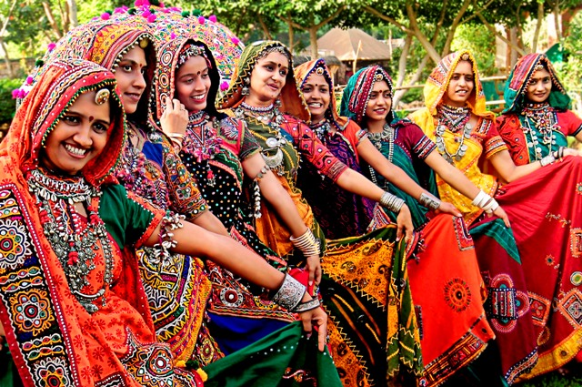 Indian women in traditional dress - photo c/o indusexperiences.co.uk