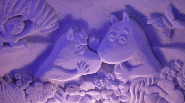 Moomins in bed, Kirkenes Snow Hotel Norway - photo Zoe Dawes