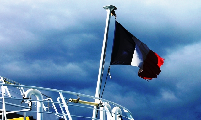 'My Ferry Link' French flag