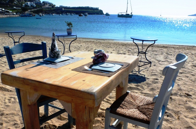 Ournos Beach dining table, Mykonos Greece - image Zoe Dawes
