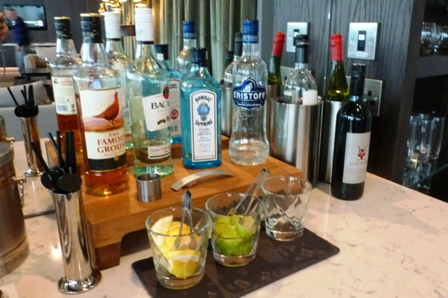 Radisson Blu Manchester Airport drinks bar