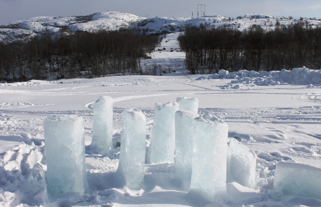Kirkenes Snow Hotel Ice sculpture Norway - photo Zoe Dawes