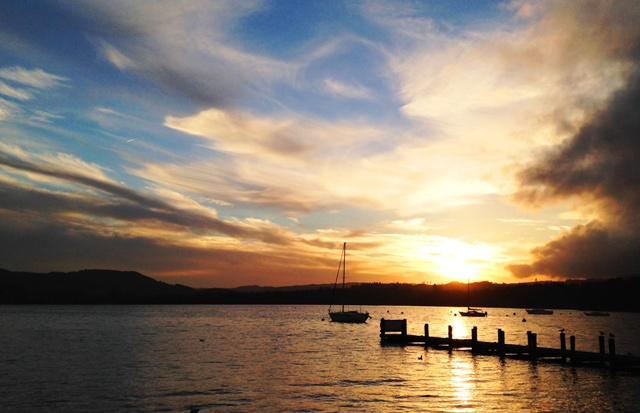 Sunset over Windermere in Lake District - by Zoe Dawes