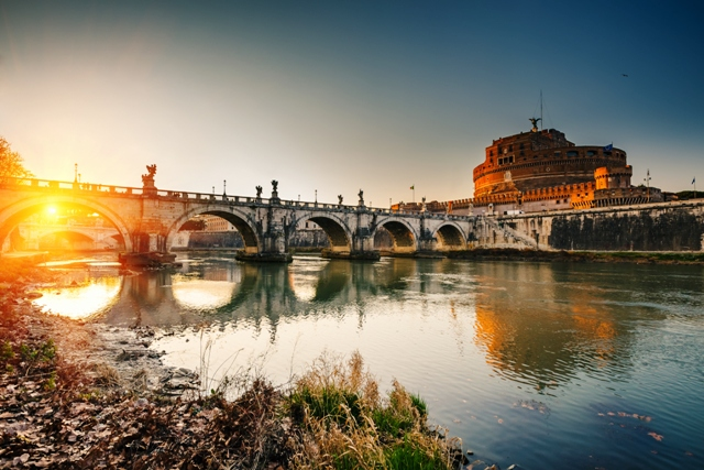 Sunset over the Tiber - Rome - Itlaly