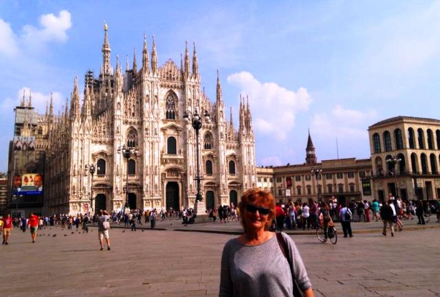 Zoe Dawes aka The Quirky Traveller in Milan