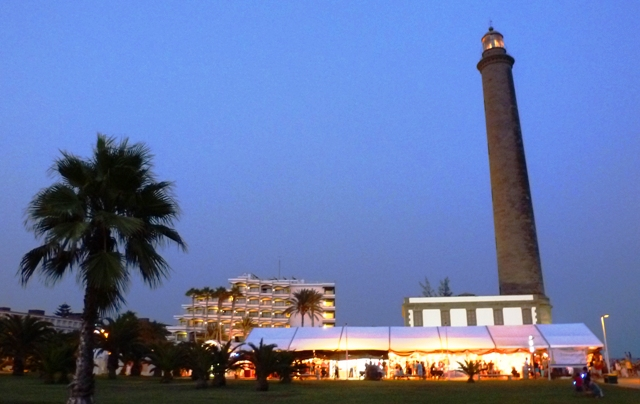 Maspalomas lighthouse & artisan market